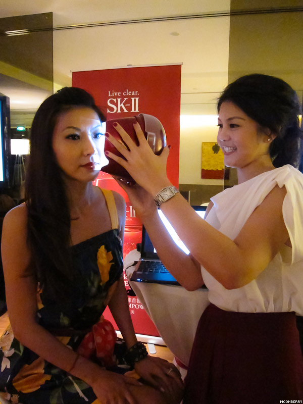 Singapore's Hottest Celebrity Blogger | SK-II Stempower Review