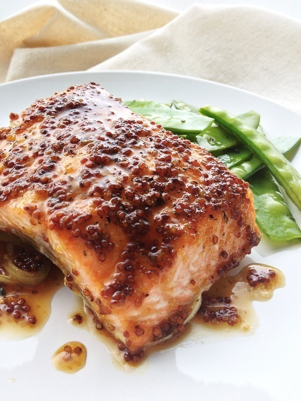 Recipe :: Mustard Brown Sugar Glazed Salmon | The Moonberry Blog