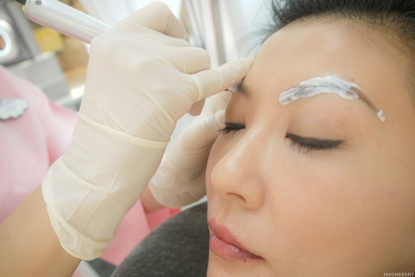 Erabrowlogy Eyebrow Embroidery Erabelle - Singapore Top Lifestyle Blog Moonberry