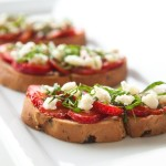 Recipe :: Strawberry Basil Bruschetta